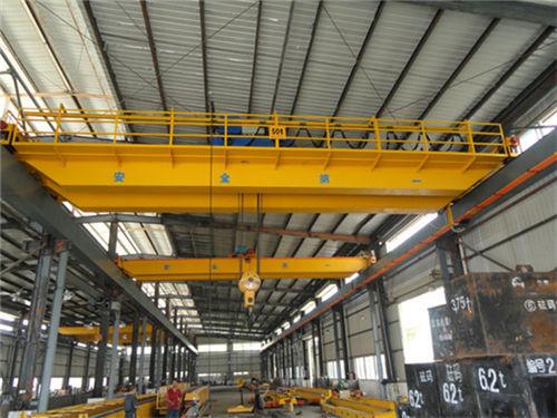 Fabricación Aicrane, excelente grúa de 50 toneladas en venta.